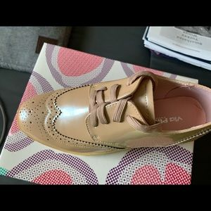 New in box Frida Shoe